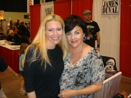 Carey with Sherilyn Fenn - Carey hanging out with her Cousin Sherilyn Fenn.